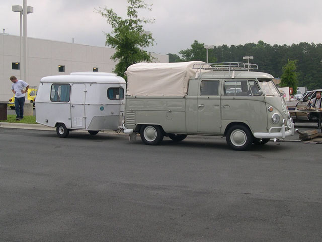Busses and Campers with Trailers