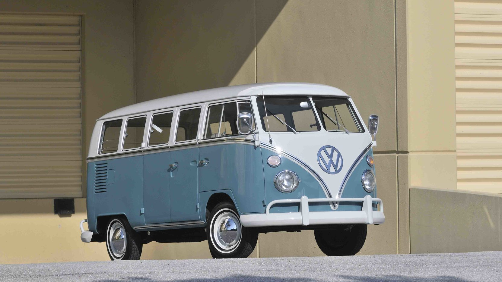 1967 VW 13 Window