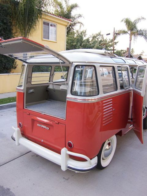 1959 VW 23 Window – Sealing Wax Red & Beige Grey